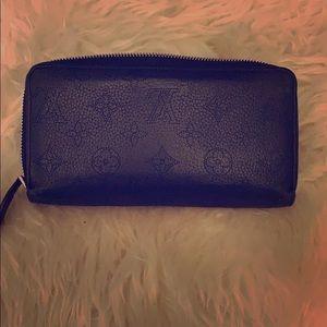 Louis Vuitton black Mahina monogram wallet